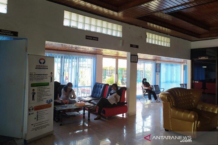 10 tenaga harian lepas Disnakertrans datangi Ombudsman Bengkulu persoalkan pemecatan