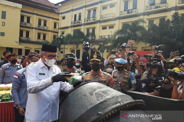 Aceh police destroy 404.9 kg of seized drugs