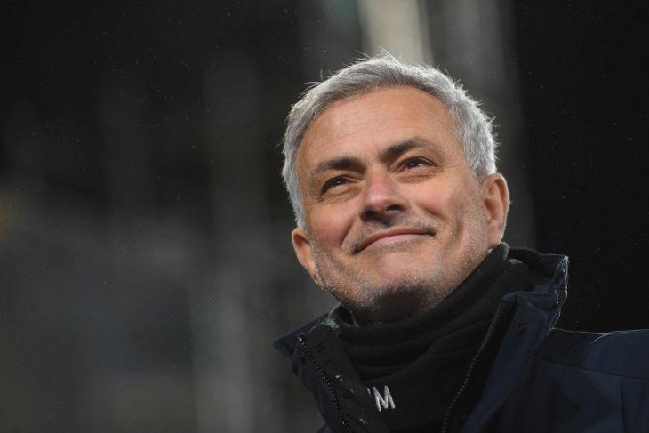 Roma tunjuk  Mourinho gantikan Paulo Fonseca musim depan