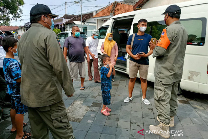 Yogyakarta to conduct random checks of tourists' health documents