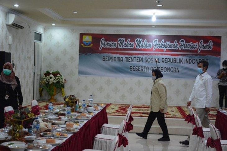 Ketua DPRD jamu makan malam Mensos Tri Rismaharani
