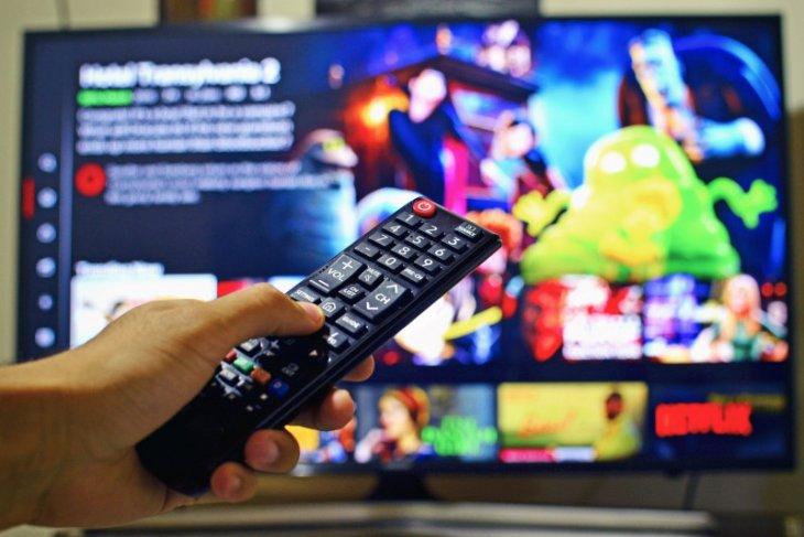 Siaran televisi analog dihentikan bertahap tahun ini