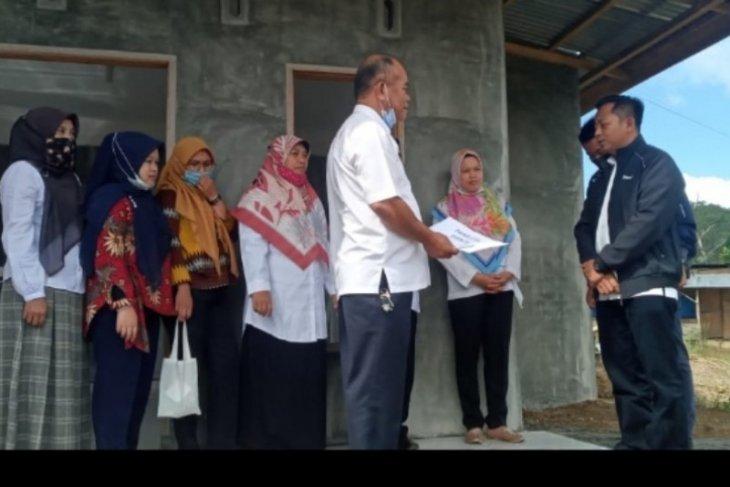 PTPN IV sumbang mushalla SMA Negeri 1 Dolok Pardamean Simalungun