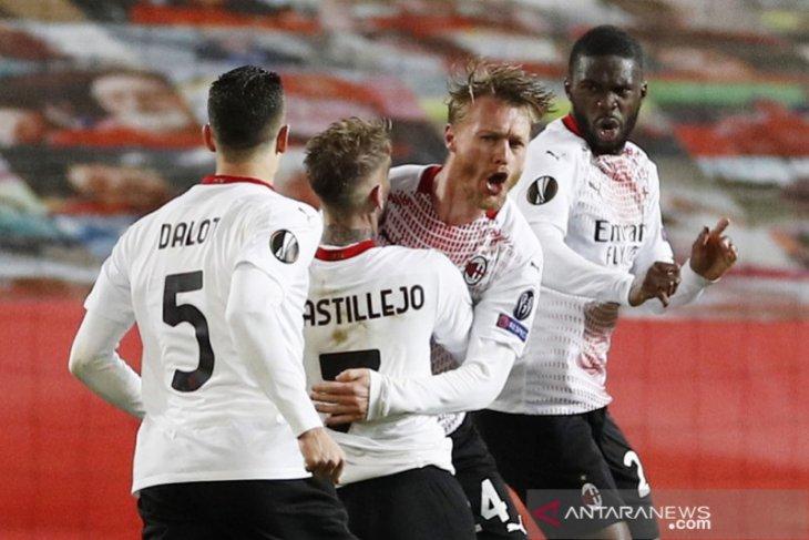 Gol larut Simon Kjaer hindarkan Milan dari kekalahan di Old Trafford