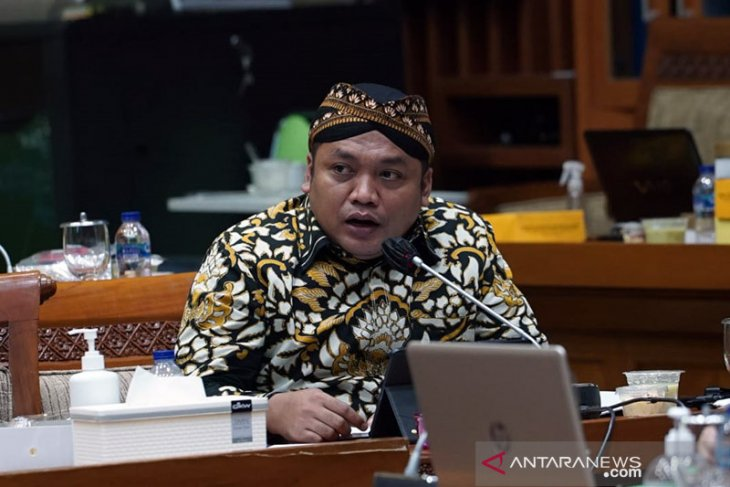 DPR: Hentikan hoaks dan kesimpangsiuran polemik haji