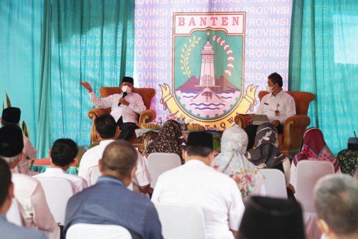 Gubernur Wahidin minta para guru jadi teladan disiplin prokes COVID-19