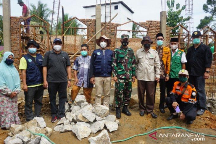 Profesor Udiansyah bersyukur pembangunan Langgar Norhidayah berjalan cepat