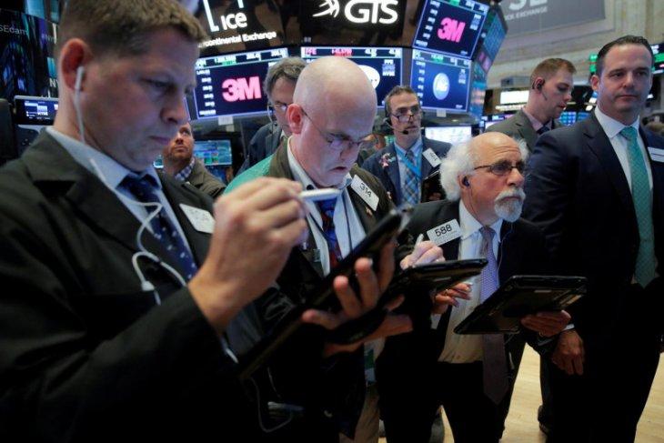 Wall Street berakhir beragam, Nasdaq terdongkrak 99 poin