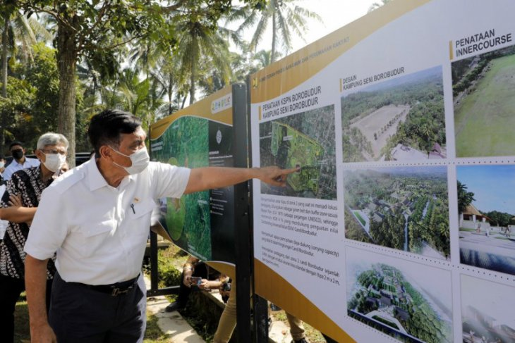 Visitor influx exerting massive pressure on Borobudur structure