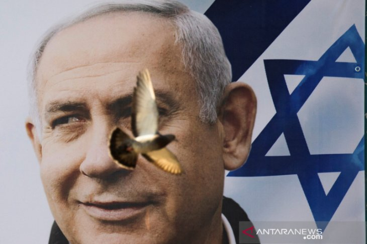 Parlemen Israel berikan suara koalisi baru, karir PM Netanyahu tamat