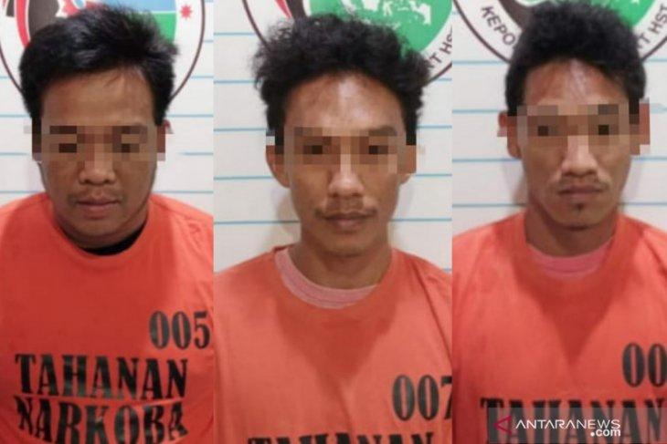 Tiga warga Batang Bahalang ditahan karena kepemilikan 3,54 gram sabu