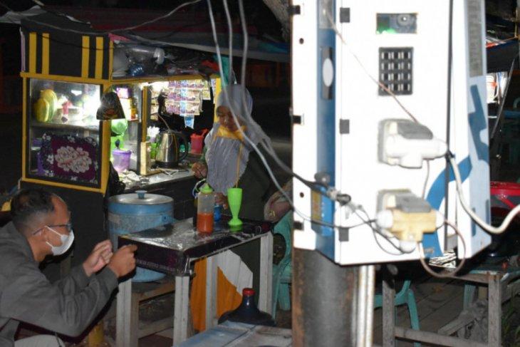 Pelaku UMKM manfaatkan listrik SPLU untuk tingkatkan usahanya