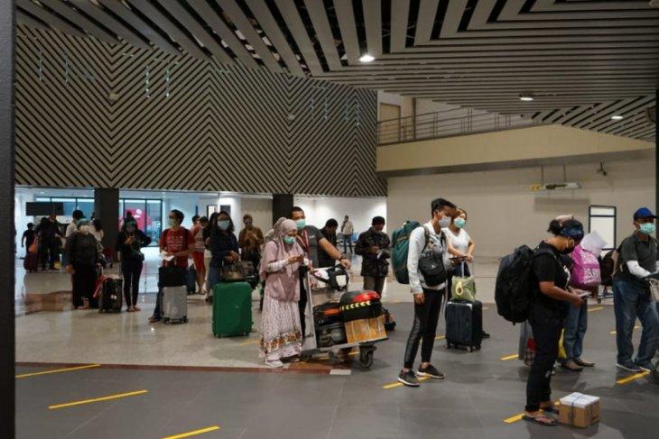Jumlah penumpang melalui Bandara Juanda naik 11 persen