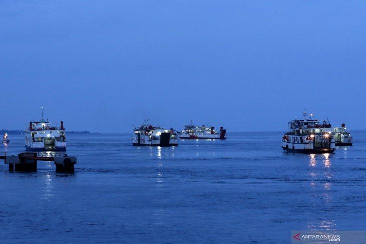 Penutupan Pelabuhan Ketapang