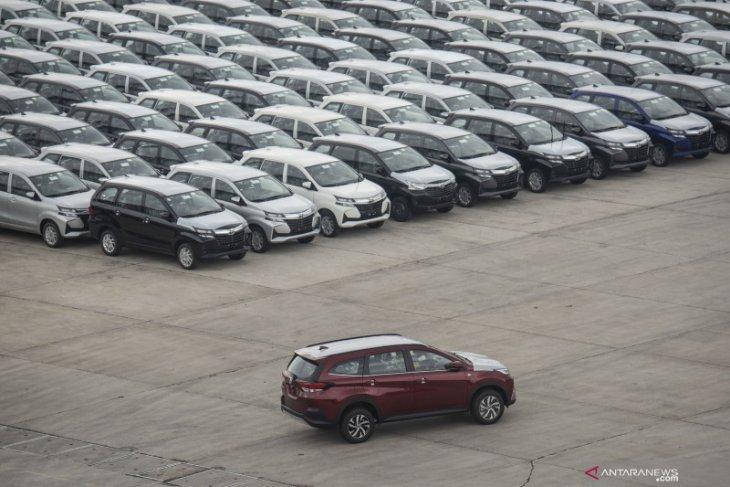 Penjualan mobil baru pada Februari 2021 turun 7 persen