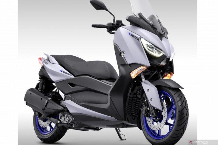 Yamaha kenalkan warna baru skutik XMAX 250