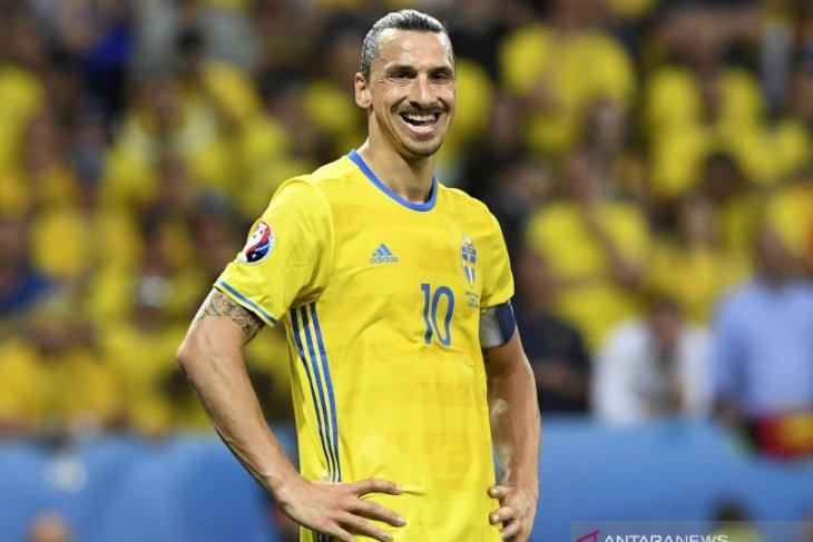 Zlatan  Ibrahimovic menangis saat kembali gabung timnas Swedia