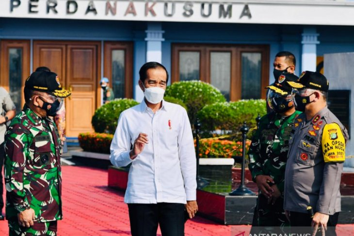 President Jokowi departs for Bali to witness mass COVID-19 vaccination