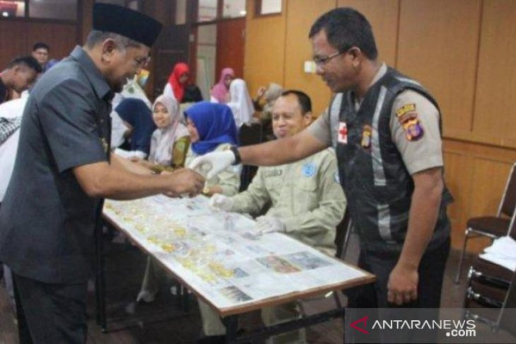 Pemeriksaan urine pegawai honorer di Pemkab Penajam berlanjut