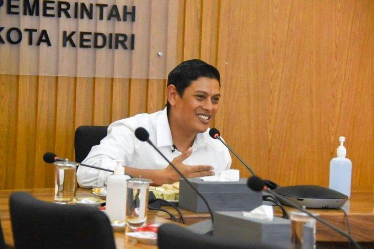 Wali Kota Kediri minta CPNS dan PPPK optimal bekerja layani masyarakat