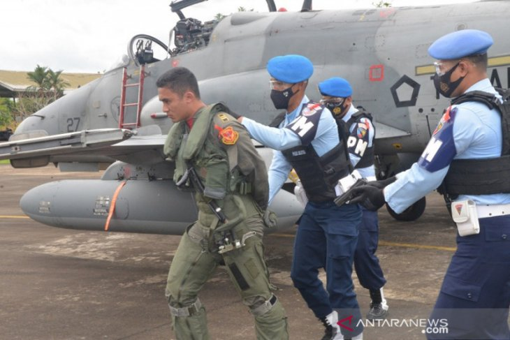 Lanud TNI AU Supadio simulasi daratkan paksa pesawat asing