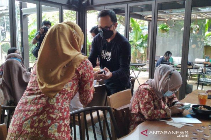 HUT ke-47 PPNI, perawat di Kota Bogor dilayani makan siang oleh wali kota