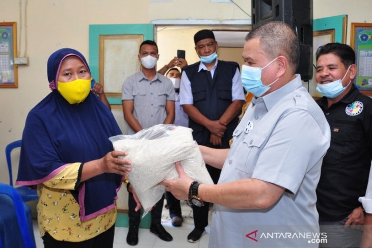 Pemprov Gorontalo salurkan bantuan terdampak banjir di Gorontalo Utara
