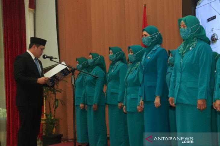Wali Kota lantik kepengurusan TP PKK Banjarbaru 2021-2024