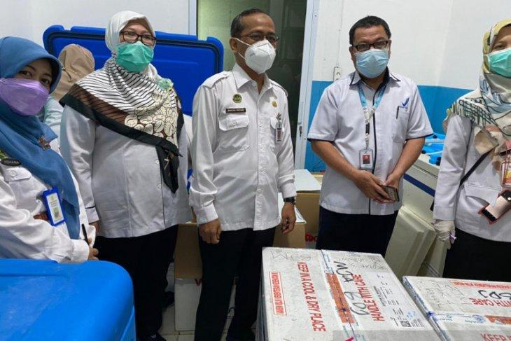 Banjarmasin kembali terima 7.350 vial vaksin COVID-19 untuk prioritas Lansia