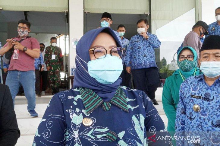 Antisipasi virus corona varian baru B117,  warga Bogor diimbau tak ke luar negeri