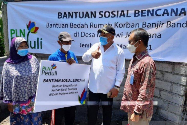 PLN Bali bantu Bedah Rumah di Jembrana-Bali