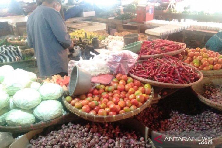 Harga cabai di pasar tradisional Kota Sukabumi berangsur turun