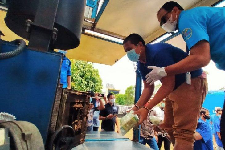 BNN Sumut musnahkan barang  bukti  8,4 kg sabu