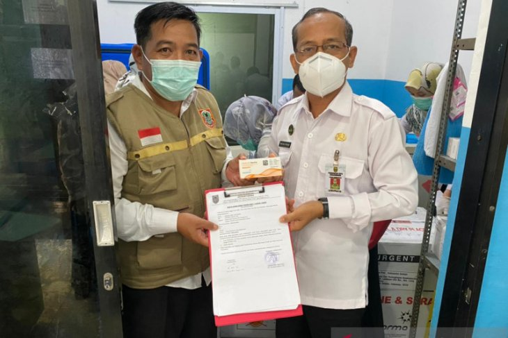 Banjarmasin vaccinates 2,030 teachers in Ramadhan