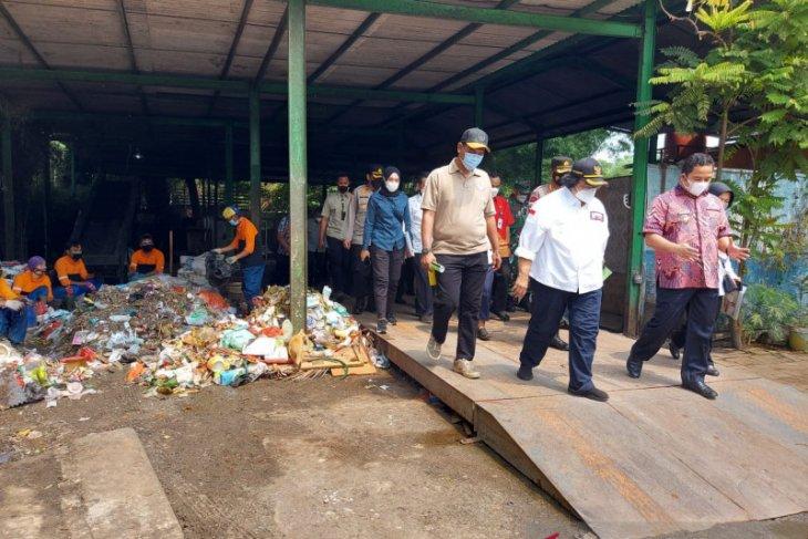 Menteri LHK Siti Nurbaya apresiasi penerapan kampung iklim Kota Tangerang