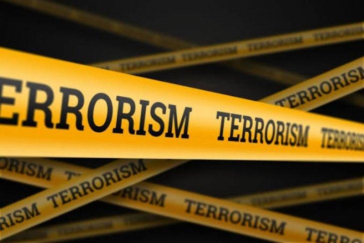 Densus 88 tangkap satu terduga teroris di Pondok Kelapa