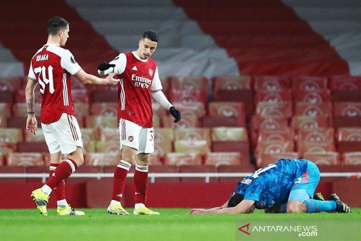 Arsenal lanjut ke perempat final walau kalah 0-1 atas  Olympiakos  di leg kedua