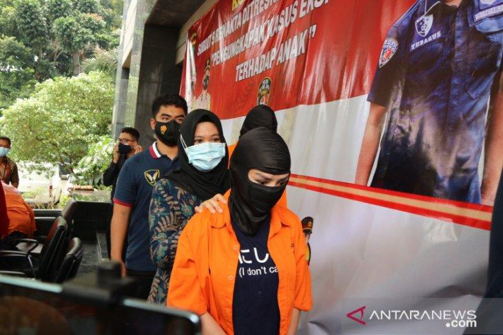 Polisi tetapkan tiga tersangka kasus prostitusi Cynthiara Alona