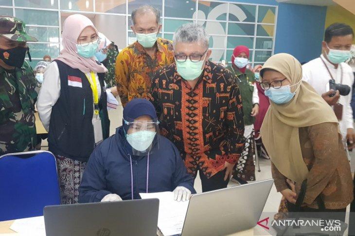 Kemenkes apresiasi penerapan prokes vaksinasi  COVID-19 calhaj lansia di Bekasi (video)