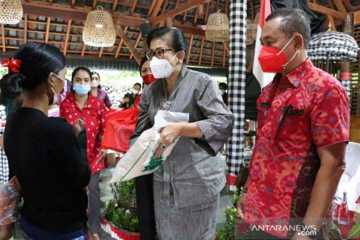 Putri Koster ajak masyarakat Bali perangi stunting
