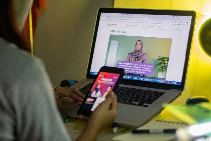 Telkomsel dukung persiapan siswa ikuti SBMPTN 2021