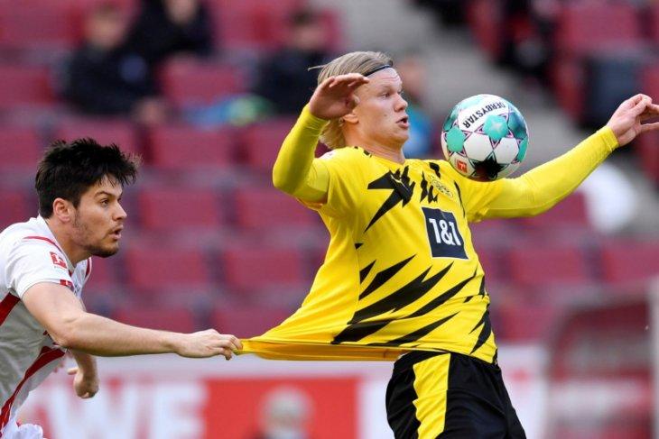 Raiola  rundingkan transfer Erling Haaland