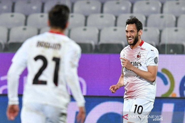 AC Milan pangkas jarak dari puncak selepas berbalik kalahkan Fiorentina 3-2