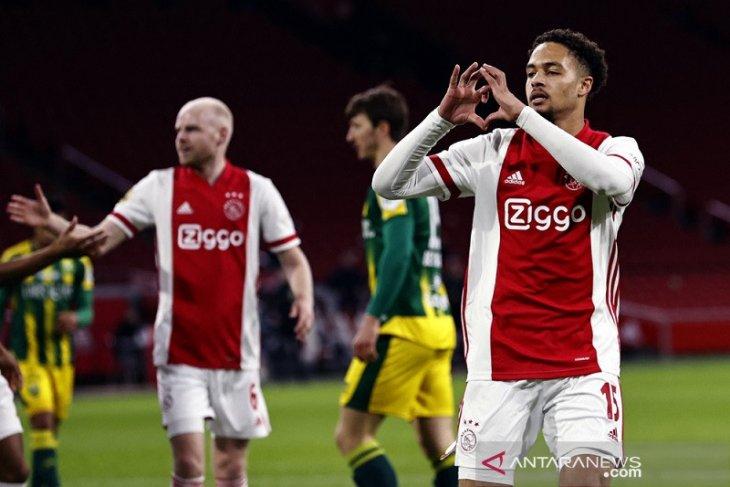 Ajax cetak lima gol ke gawang ADO Den Haag