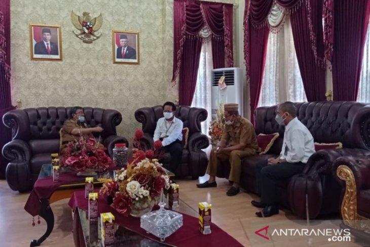 PLTU Anggrek Gorut beli sampah ranting dan kayu produksi masyarakat