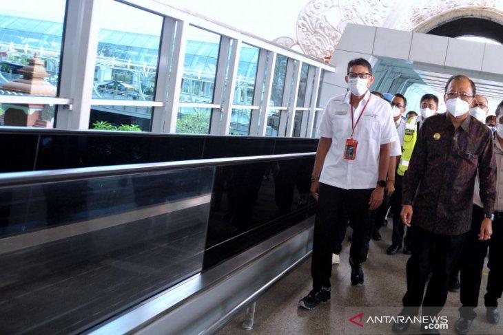 Penerbangan internasional Bali dibuka kembali lewati tahapan simulasi