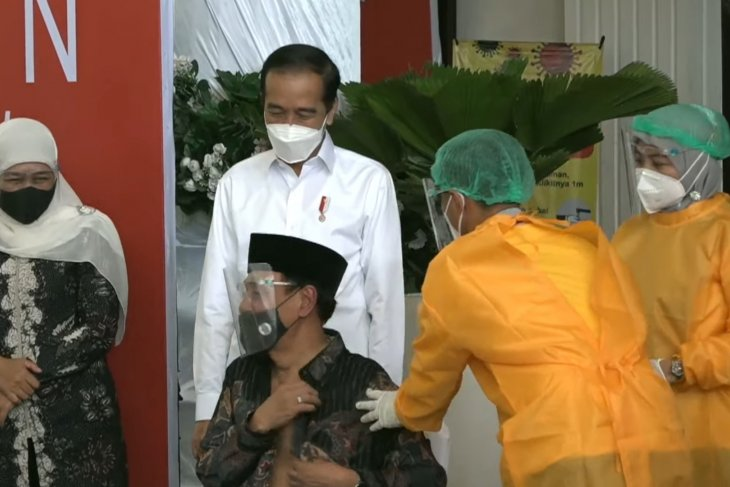 RSUD Sidoarjo paparkan alur vaksinasi kepada Presiden Jokowi