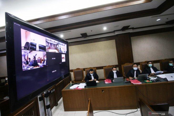 KPK giring dua terpidana penyuap Juliari Batubara ke lapas