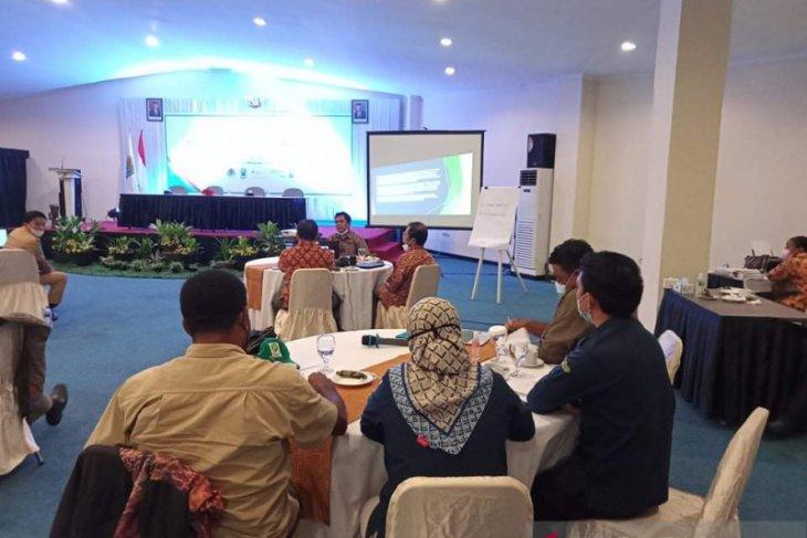 Dinas Kehutanan Papua Barat latih KPH menyusun rencana pengelolaan hutan jangka panjang