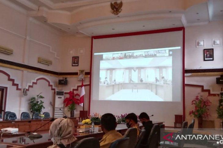 Sekda Kotabaru ikuti Rakor daring terkait PPKM